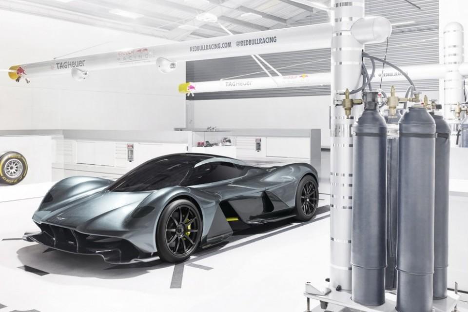 Aston Martin限量超跑 預告0-320km/h加速只要10秒完成